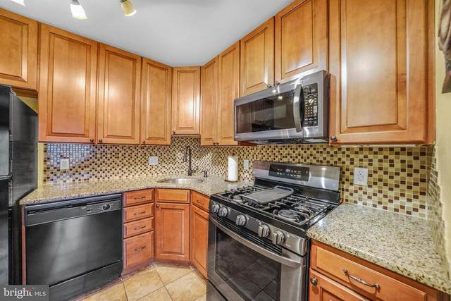712 Meadowview Lane, MONT CLARE, PA 19453 (#PAMC670520) :: The Toll Group