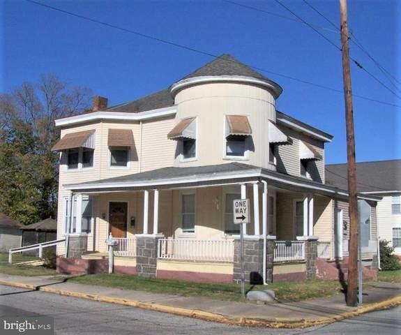 312 S Poplar Street, LAUREL, DE 19956 (#DESU173328) :: Bob Lucido Team of Keller Williams Integrity