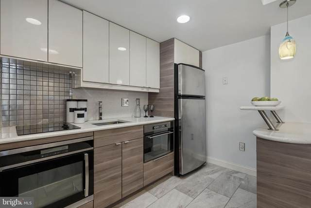 1701 16TH Street NW #704, WASHINGTON, DC 20009 (#DCDC497498) :: The Sky Group
