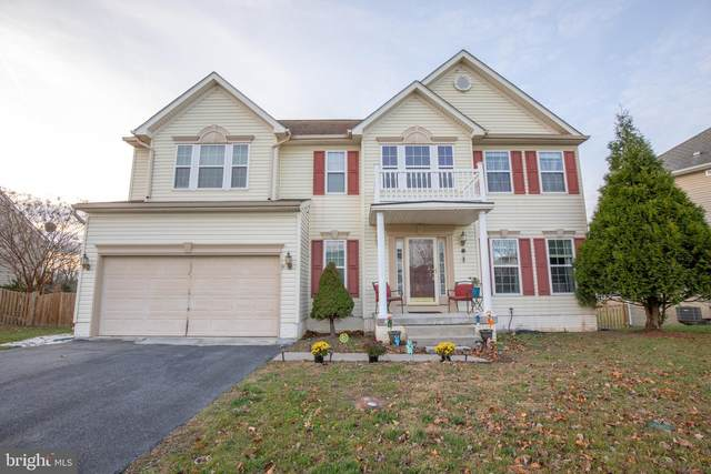 32 Lofting Ln, MARTINSBURG, WV 25405 (#WVBE182026) :: Shawn Little Team of Garceau Realty