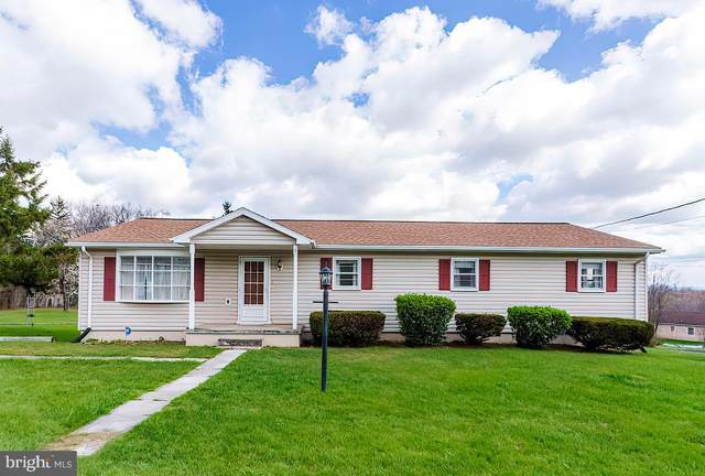 78 Luttrell Avenue, HEDGESVILLE, WV 25427 (#WVBE182032) :: Better Homes Realty Signature Properties