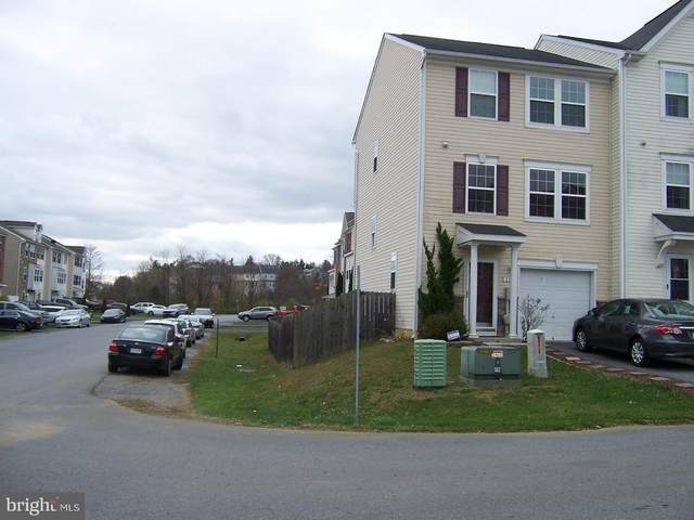 11 Venetian Court, HEDGESVILLE, WV 25427 (#WVBE182088) :: Great Falls Great Homes