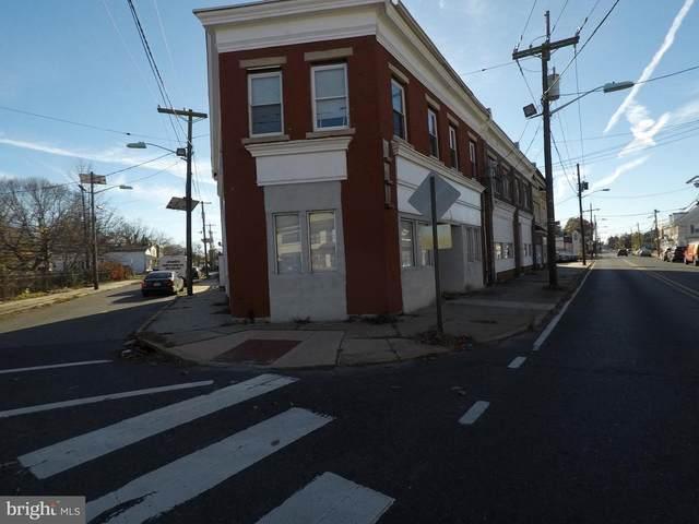 300 Warren, BEVERLY, NJ 08010 (MLS #NJBL387322) :: The Dekanski Home Selling Team