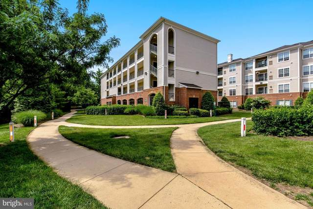4860 Eisenhower Avenue #399, ALEXANDRIA, VA 22304 (#VAAX253708) :: AJ Team Realty