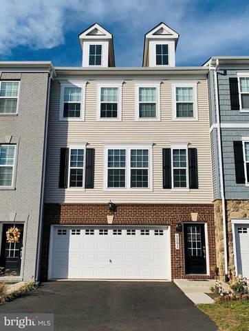 8804 Englewood Farms Drive, MANASSAS, VA 20112 (#VAPW510448) :: Murray & Co. Real Estate