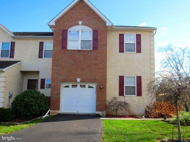 3932 Palmer Court, COLLEGEVILLE, PA 19426 (#PAMC676914) :: LoCoMusings