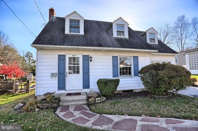3807 Maple Street, HARRISBURG, PA 17109 (#PADA128104) :: The Joy Daniels Real Estate Group