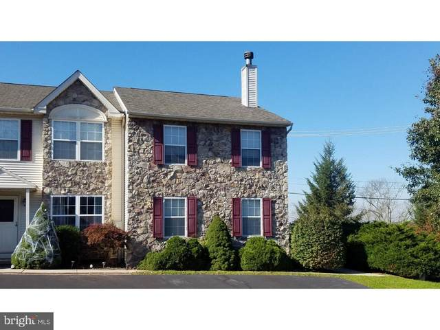 4262 Red Oak Court, COLLEGEVILLE, PA 19426 (#PAMC676966) :: New Home Team of Maryland