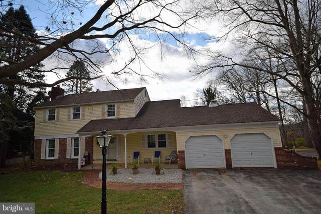 408 Dogwood Lane, NEWTOWN SQUARE, PA 19073 (#PADE535850) :: The Poliansky Group