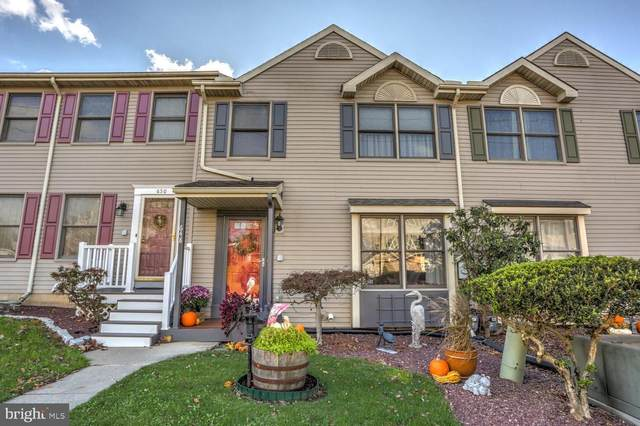 648 Emerald Drive, LANCASTER, PA 17603 (#PALA174290) :: Colgan Real Estate
