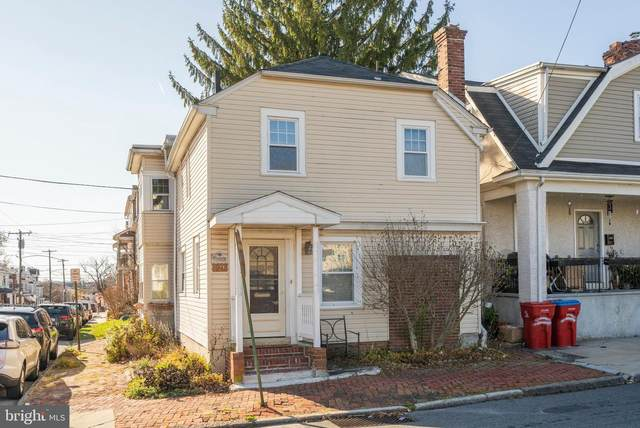 124 E Wood Street, NORRISTOWN, PA 19401 (#PAMC677148) :: Sunrise Home Sales Team of Mackintosh Inc Realtors