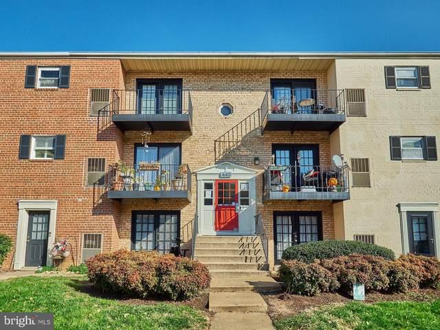 440 N Armistead Street #302, ALEXANDRIA, VA 22312 (#VAAX253836) :: The Yellow Door Team