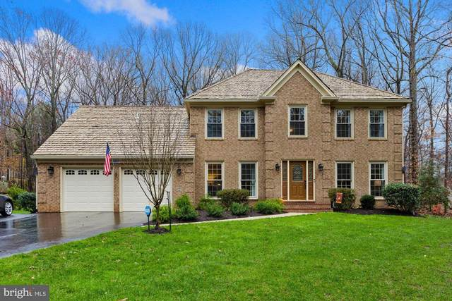 6807 Spout Lane, FAIRFAX STATION, VA 22039 (#VAFX1170436) :: AJ Team Realty