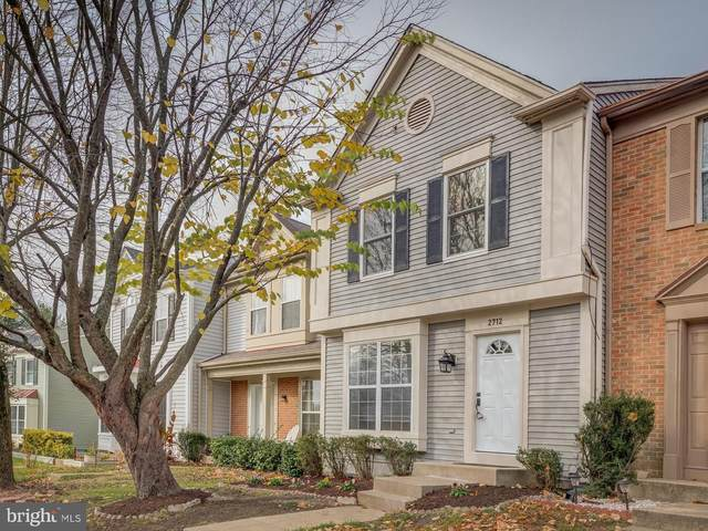 2712 Mcguffeys Court, WOODBRIDGE, VA 22191 (#VAPW510926) :: The Bob & Ronna Group
