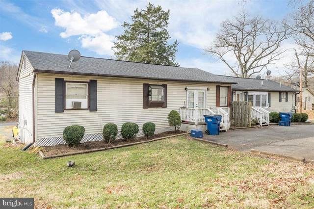 18629 Amidon Avenue, TRIANGLE, VA 22172 (#VAPW510984) :: The Riffle Group of Keller Williams Select Realtors