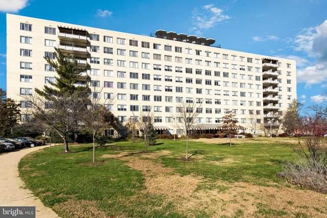 6641 Wakefield Drive #713, ALEXANDRIA, VA 22307 (#VAFX1171172) :: Arlington Realty, Inc.