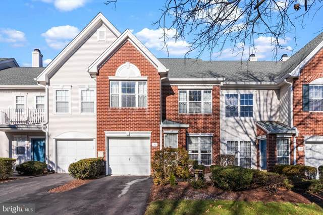 10 Hilton Court, PENNINGTON, NJ 08534 (#NJME305786) :: Holloway Real Estate Group