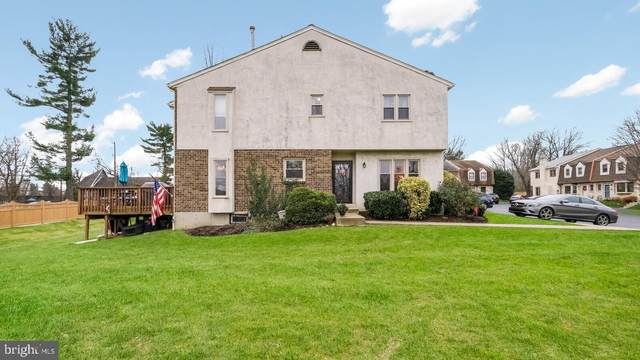 15 Fairfax Village, MEDIA, PA 19063 (#PADE536534) :: The John Kriza Team