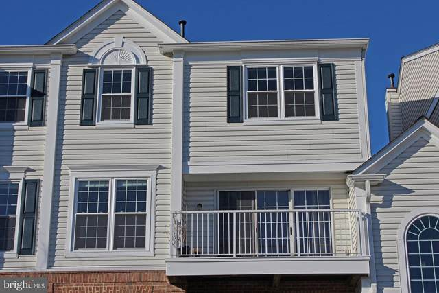 5804-D Katelyn Mary Place #304, ALEXANDRIA, VA 22310 (#VAFX1172010) :: Arlington Realty, Inc.