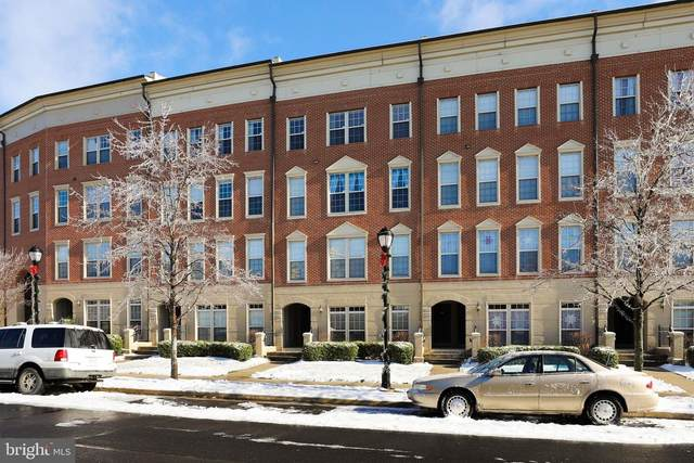 8033 Crescent Park Drive, GAINESVILLE, VA 20155 (#VAPW511628) :: The Redux Group