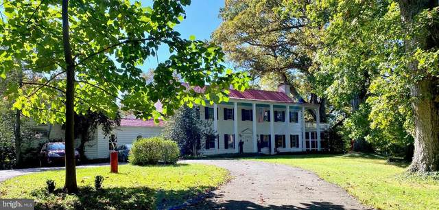 6000 Ranleigh Manor Drive, MCLEAN, VA 22101 (#VAFX1172658) :: The Team Sordelet Realty Group