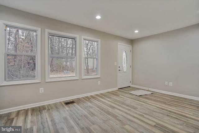 8053 Rocky Lane, WARRENTON, VA 20187 (#VAFQ168464) :: The Riffle Group of Keller Williams Select Realtors