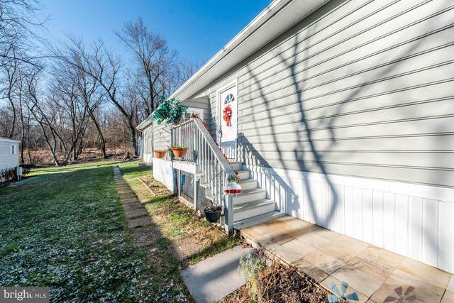 7839 East Hill Road, MOUNT AIRY, MD 21771 (#MDCR201640) :: Bob Lucido Team of Keller Williams Integrity
