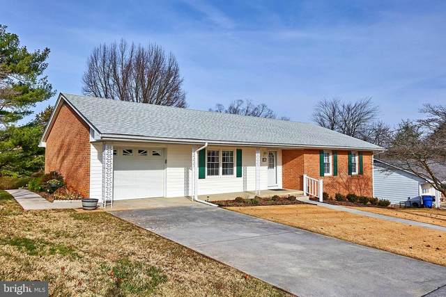 219 W 8TH Street, FRONT ROYAL, VA 22630 (#VAWR142242) :: Bowers Realty Group