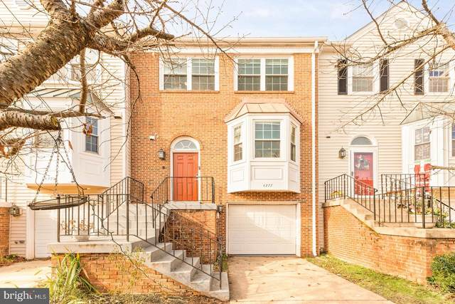 4277 Sleepy Lake Drive, FAIRFAX, VA 22033 (#VAFX1172826) :: The Redux Group