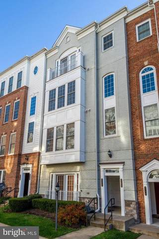 2108 Carthage Drive, WOODBRIDGE, VA 22191 (#VAPW512008) :: Arlington Realty, Inc.