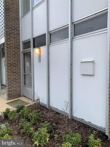 286 N Street SW, WASHINGTON, DC 20024 (#DCDC501746) :: Jacobs & Co. Real Estate