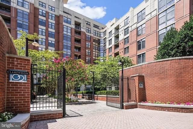 1021 N Garfield St Street #847, ARLINGTON, VA 22201 (#VAAR174408) :: Bic DeCaro & Associates
