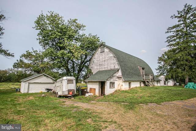 1024 Cemetery Road, SCHWENKSVILLE, PA 19473 (#PAMC679382) :: The Lux Living Group