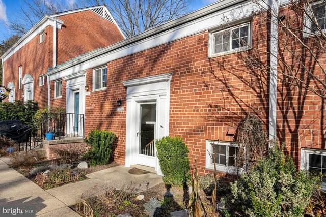 3376 Martha Custis Drive, ALEXANDRIA, VA 22302 (#VAAX254762) :: Jennifer Mack Properties