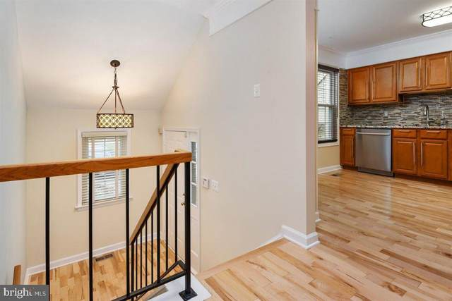 7203 Harbor Lane 3-2, COLUMBIA, MD 21045 (#MDHW289400) :: New Home Team of Maryland