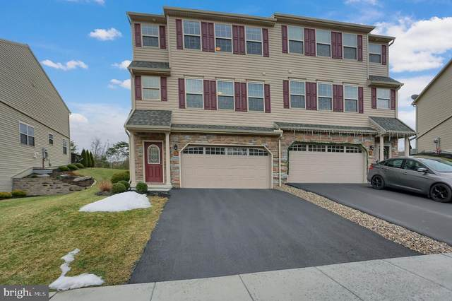 25 Crest View, CARLISLE, PA 17013 (#PACB131174) :: The Joy Daniels Real Estate Group