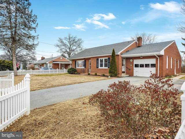 149 Iris Drive, LANCASTER, PA 17602 (#PALA175804) :: The Heather Neidlinger Team With Berkshire Hathaway HomeServices Homesale Realty