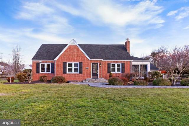 9401 Ox Road, LORTON, VA 22079 (#VAFX1175344) :: Bob Lucido Team of Keller Williams Integrity