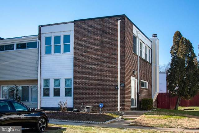 1211 Alabama Drive, HERNDON, VA 20170 (#VAFX1175352) :: The Maryland Group of Long & Foster Real Estate