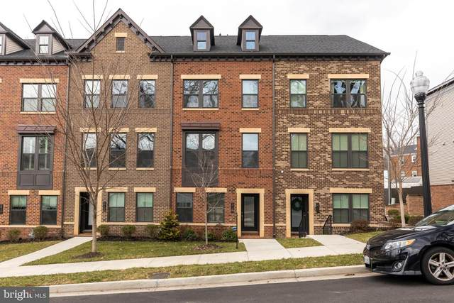 5713 11TH Street N, ARLINGTON, VA 22205 (#VAAR174760) :: The Redux Group
