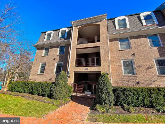5717 Brewer House Circle T-1, ROCKVILLE, MD 20852 (#MDMC740706) :: LoCoMusings