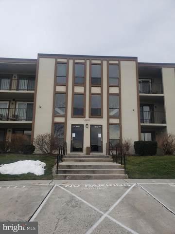 1404 Bradley Drive B-313, CARLISLE, PA 17013 (#PACB131294) :: The Joy Daniels Real Estate Group