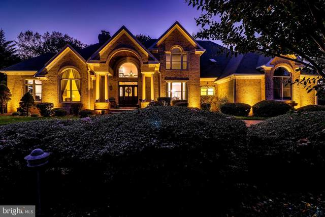 502 Scenic Way, GREAT FALLS, VA 22066 (#VAFX1175908) :: Great Falls Great Homes