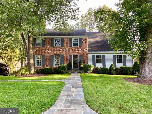 11403 Rolling House Road, ROCKVILLE, MD 20852 (#MDMC740958) :: The Dailey Group