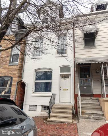 1247 Buttonwood Street, READING, PA 19604 (#PABK372434) :: The Mike Coleman Team