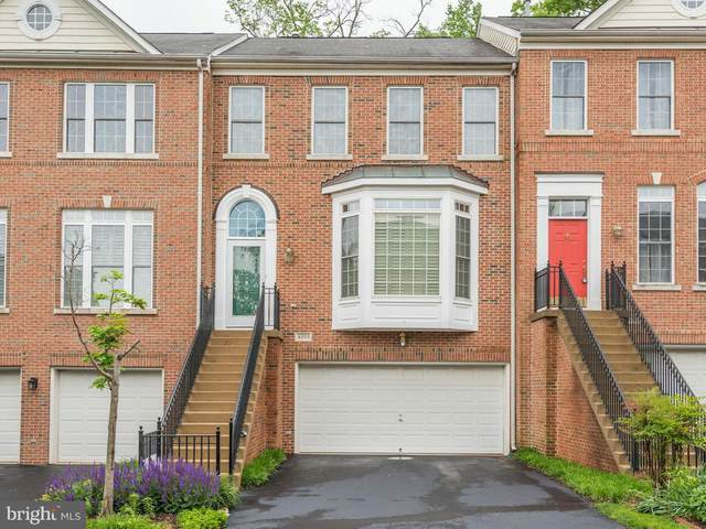 4203 Lower Park Drive, FAIRFAX, VA 22030 (#VAFX1176122) :: Nesbitt Realty