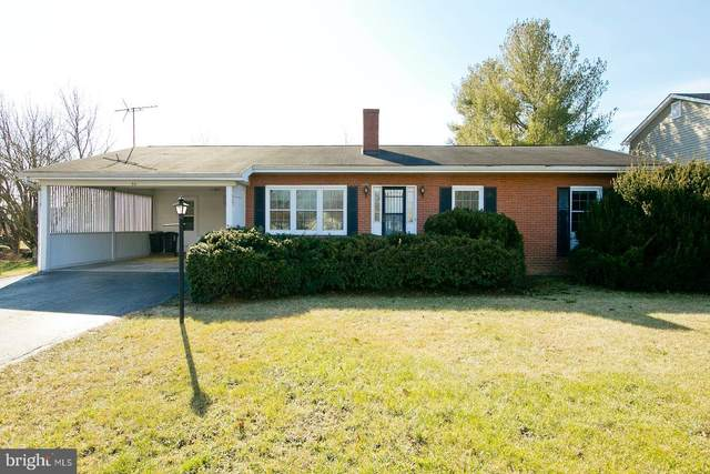 54 Windsor, BUNKER HILL, WV 25413 (#WVBE183110) :: The Dailey Group