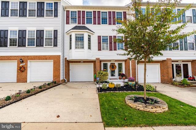 4746 Warm Hearth Circle, FAIRFAX, VA 22033 (#VAFX1176178) :: The Miller Team