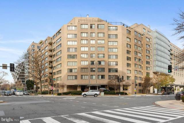 2201 L Street NW #815, WASHINGTON, DC 20037 (#DCDC504150) :: Jennifer Mack Properties