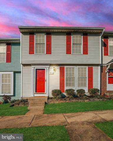836 Oak Leaf Court, WARRENTON, VA 20186 (#VAFQ168724) :: Dart Homes